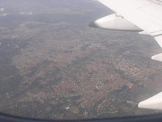 ナイロビ上空